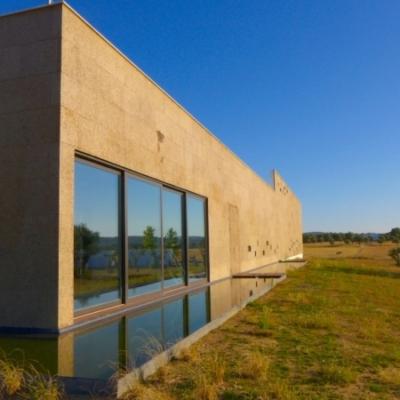 orig_Ecorkhotel_Evora_facade_1